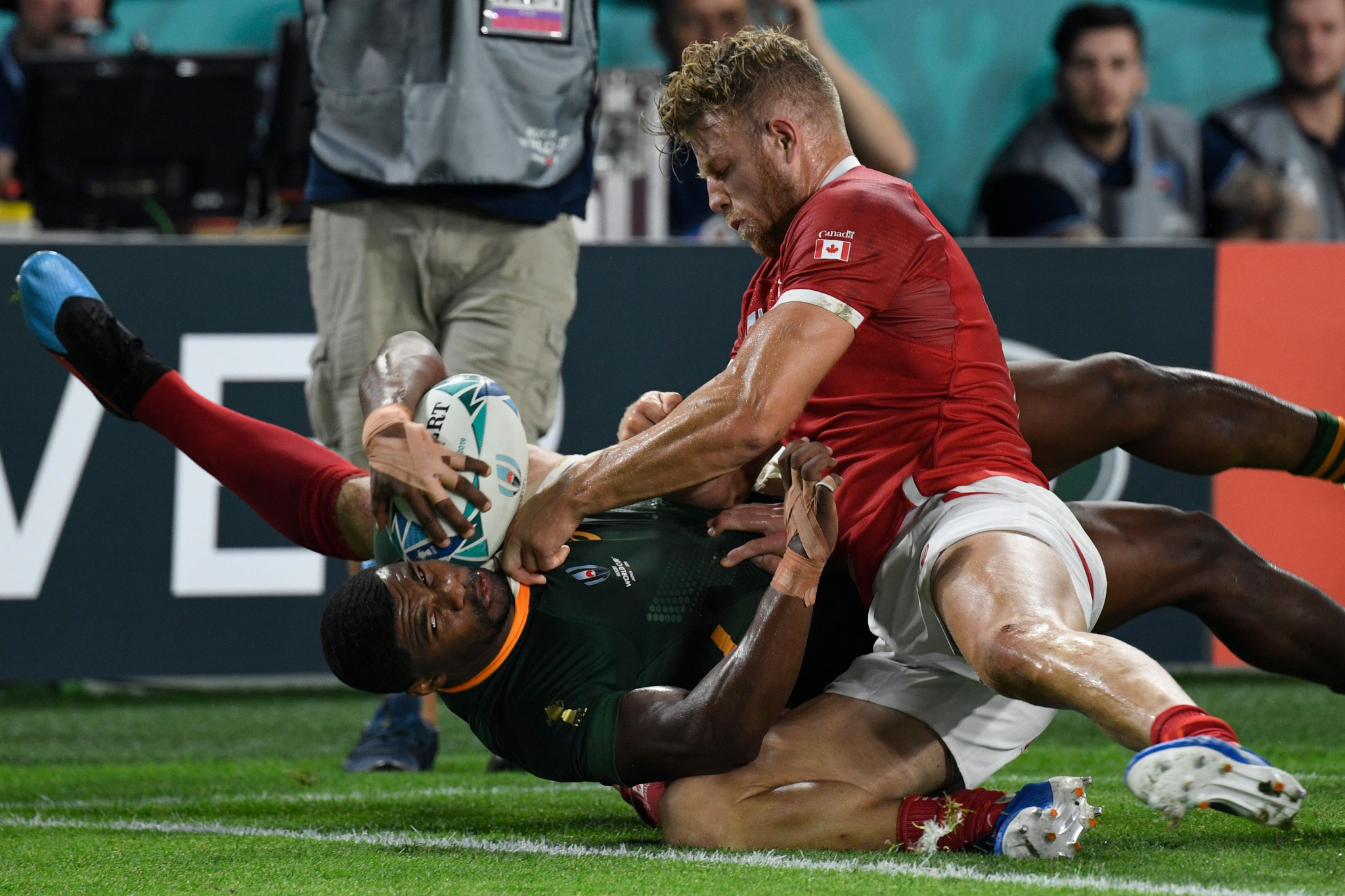 South Africa refused to take their foot of the gas, illustrated by try-scorer Warrick Gelant ©Getty Images