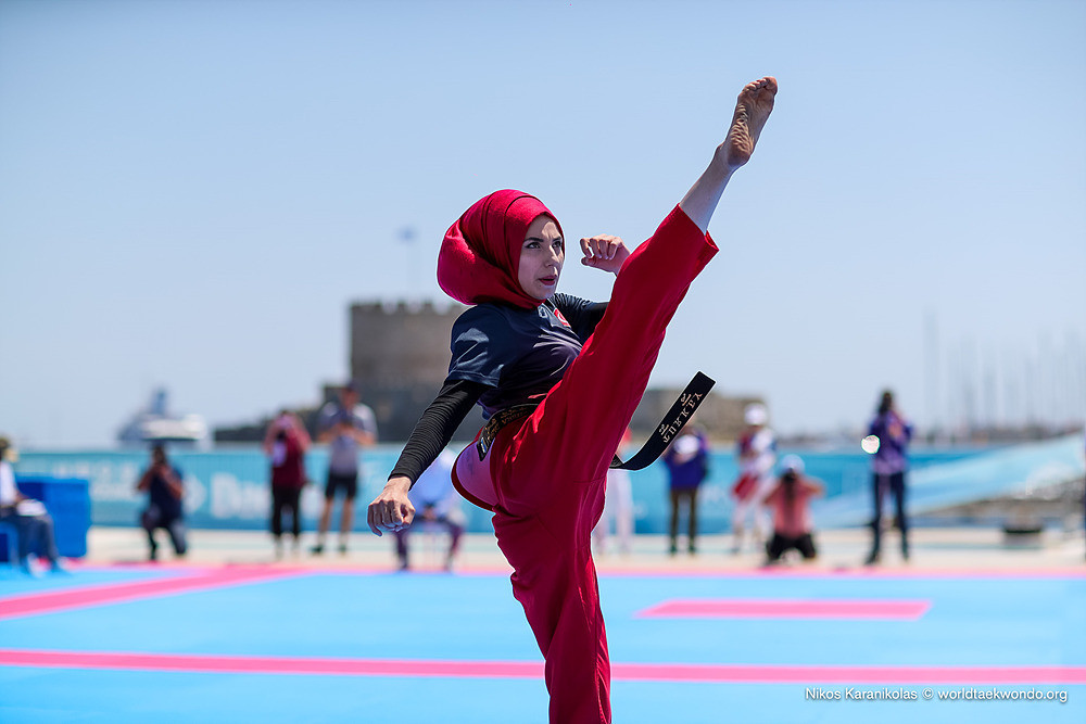 Freestyle poomsae athletes claim medals on day one of World Taekwondo Beach Championship