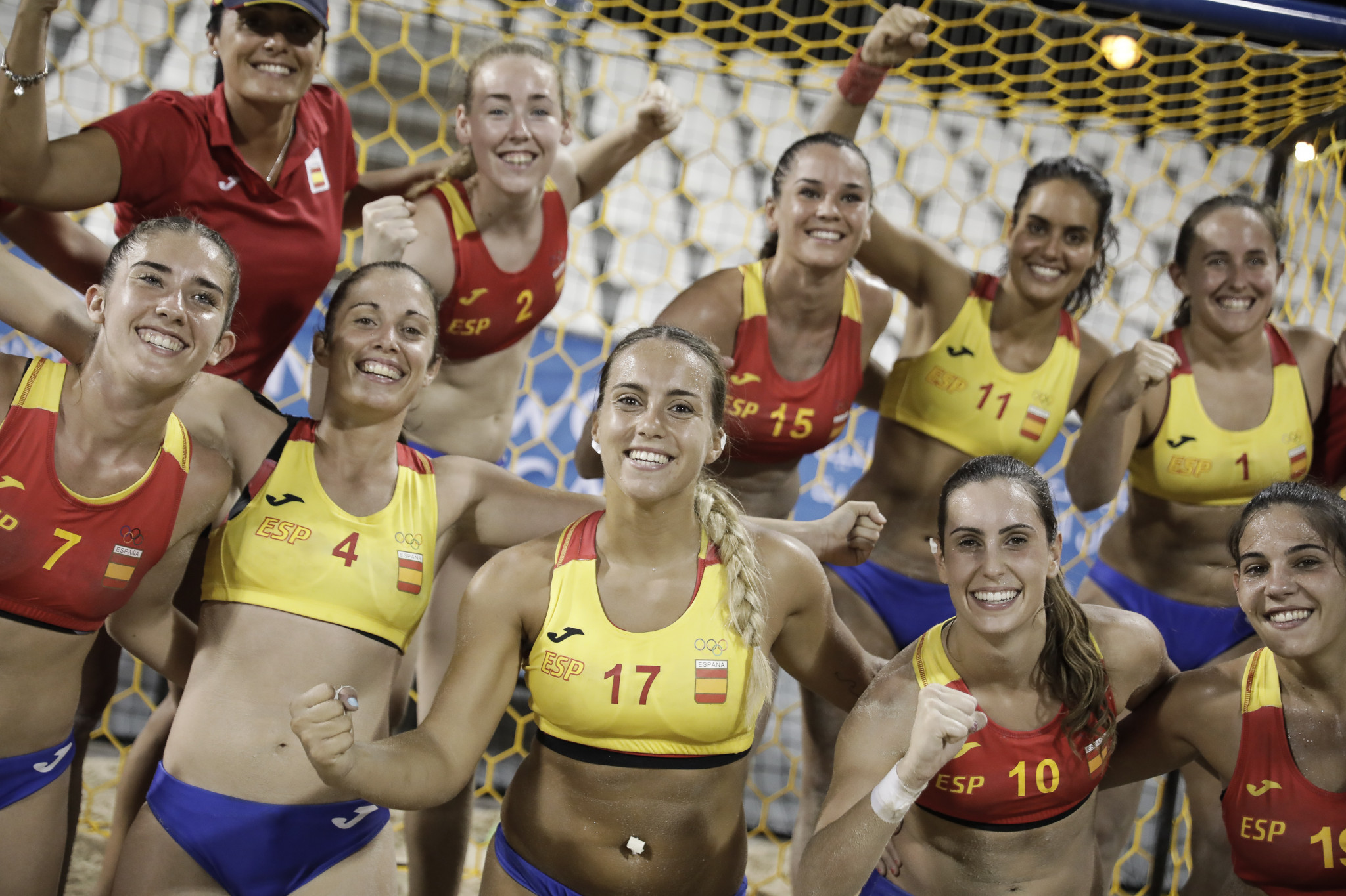 Spain's women enjoyed two beach handball wins ©ANOC