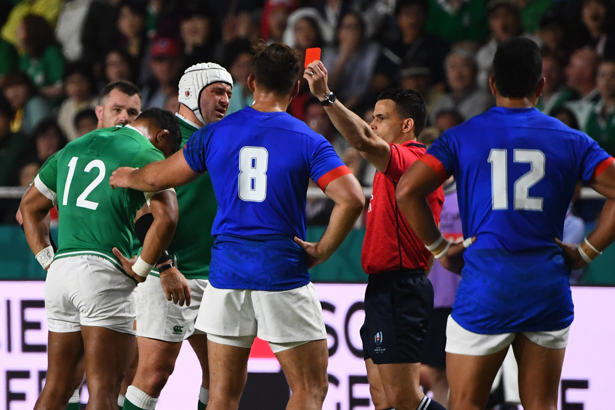 Unfortunately referee Nic Berry felt there were no mitigating factors and sent Aki off ©Getty Images