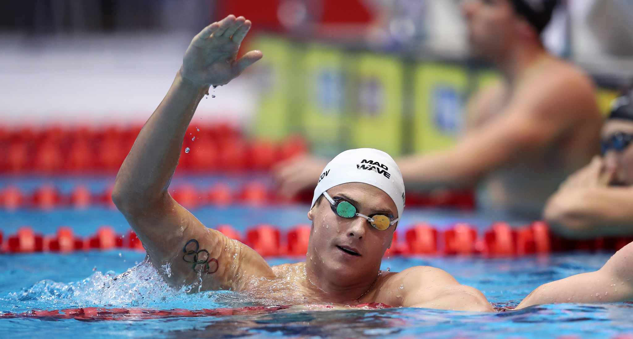 Morozov shines again with two more wins at FINA World Cup