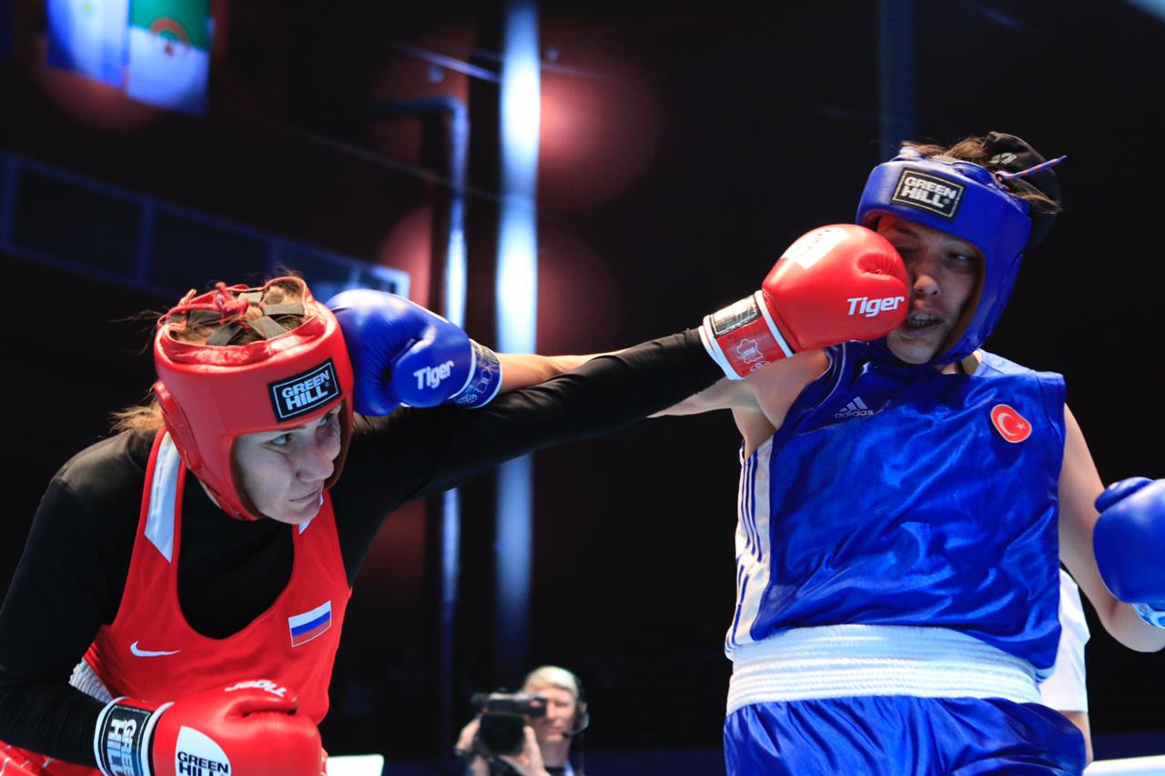 Russia's third gold medal came through Zenfira Magomedalieva, a unanimous victor against  Elif Guneri of Turkey ©AIBA