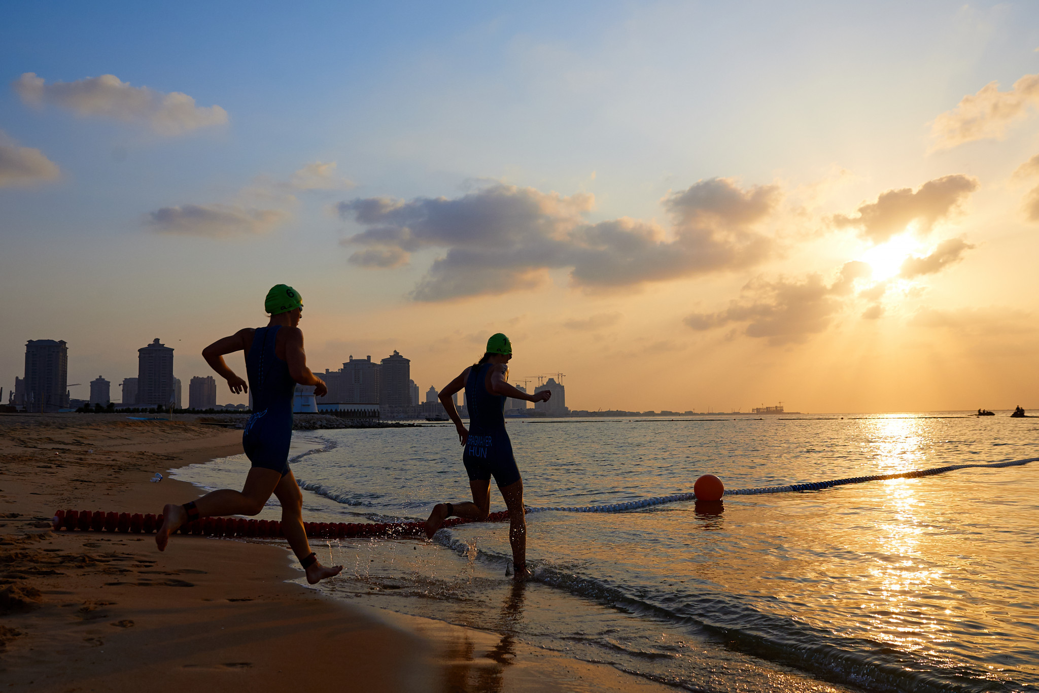 The hot conditions made it brutal for competitors  despite the early morning start ©ANOC World Beach Games