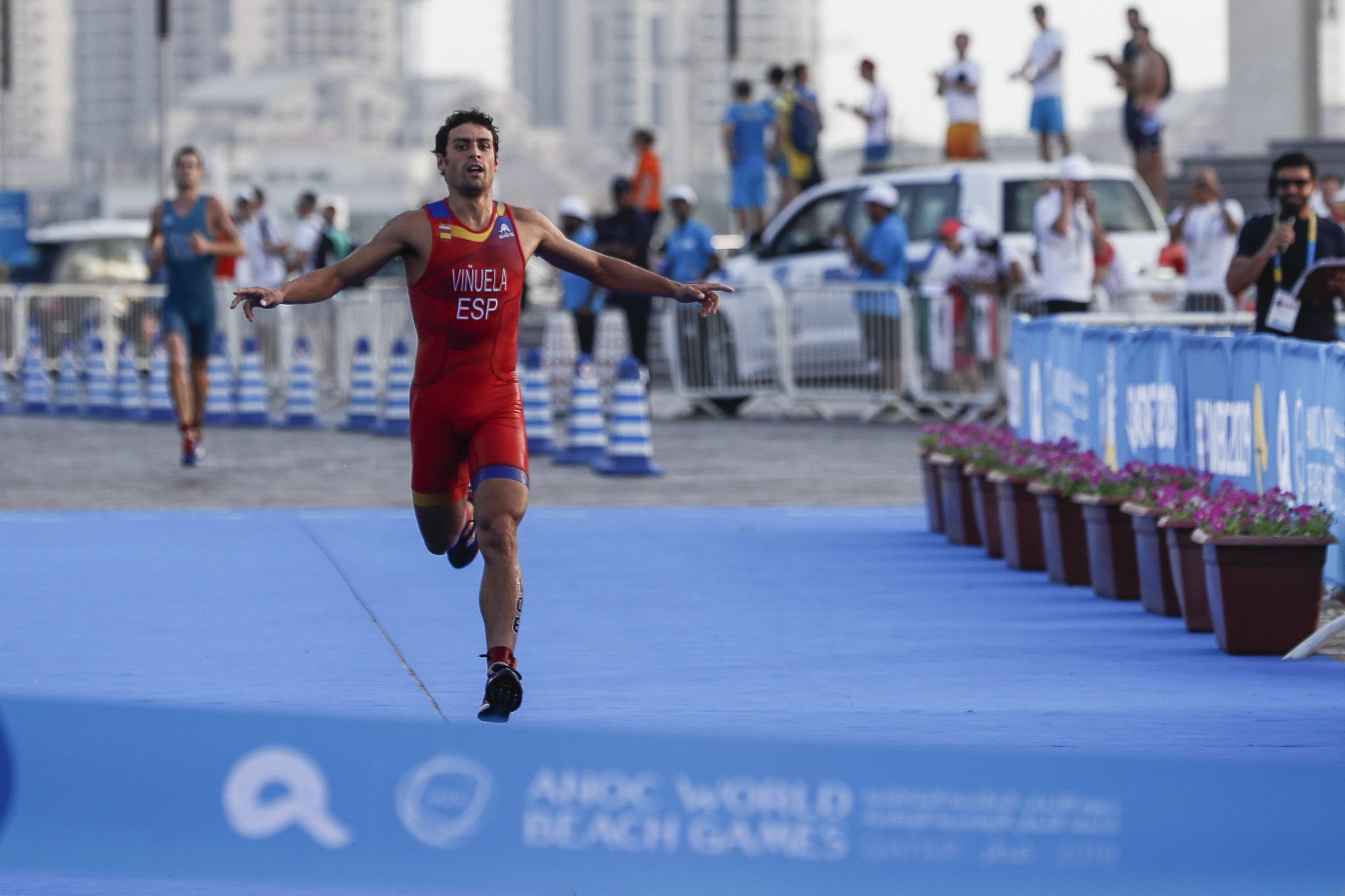 Kevin Vinuela won the men's race for Spain ©ANOC