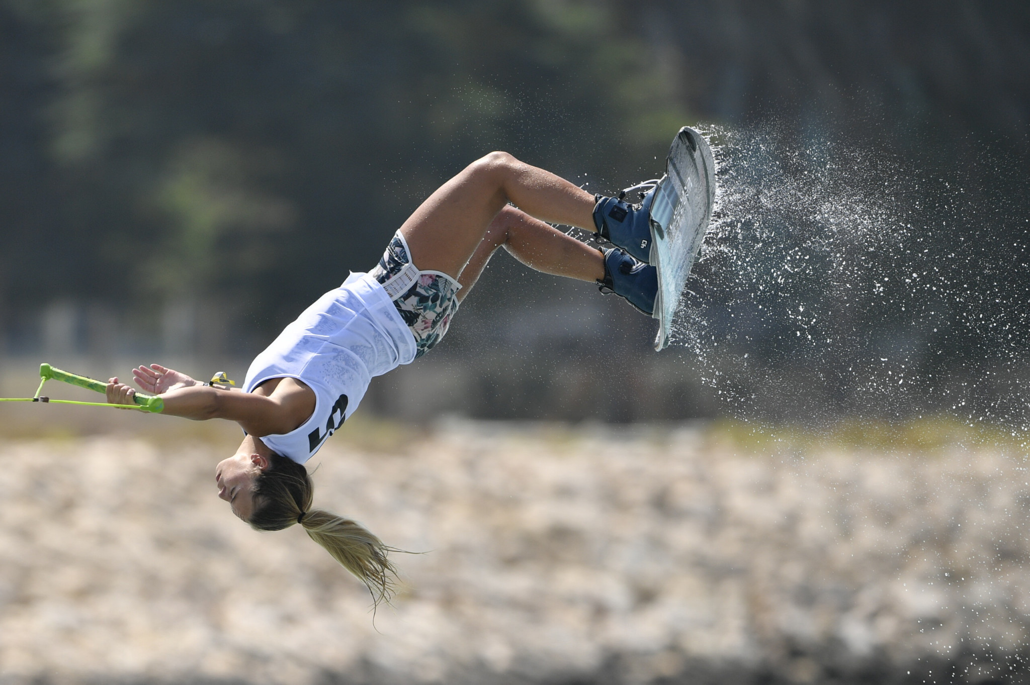 Sanne Meijer shows off her tricks en-route to women's wakeboard gold ©ANOC
