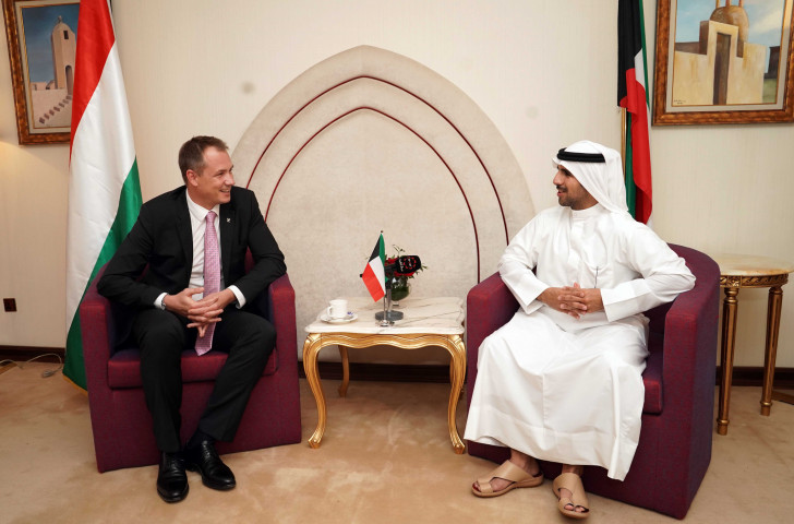 Krisztian Kulcsar, left, and Sheikh Fahad, respective Presidents of the Hungarian and Kuwait National Olympic Committees ©HOC
