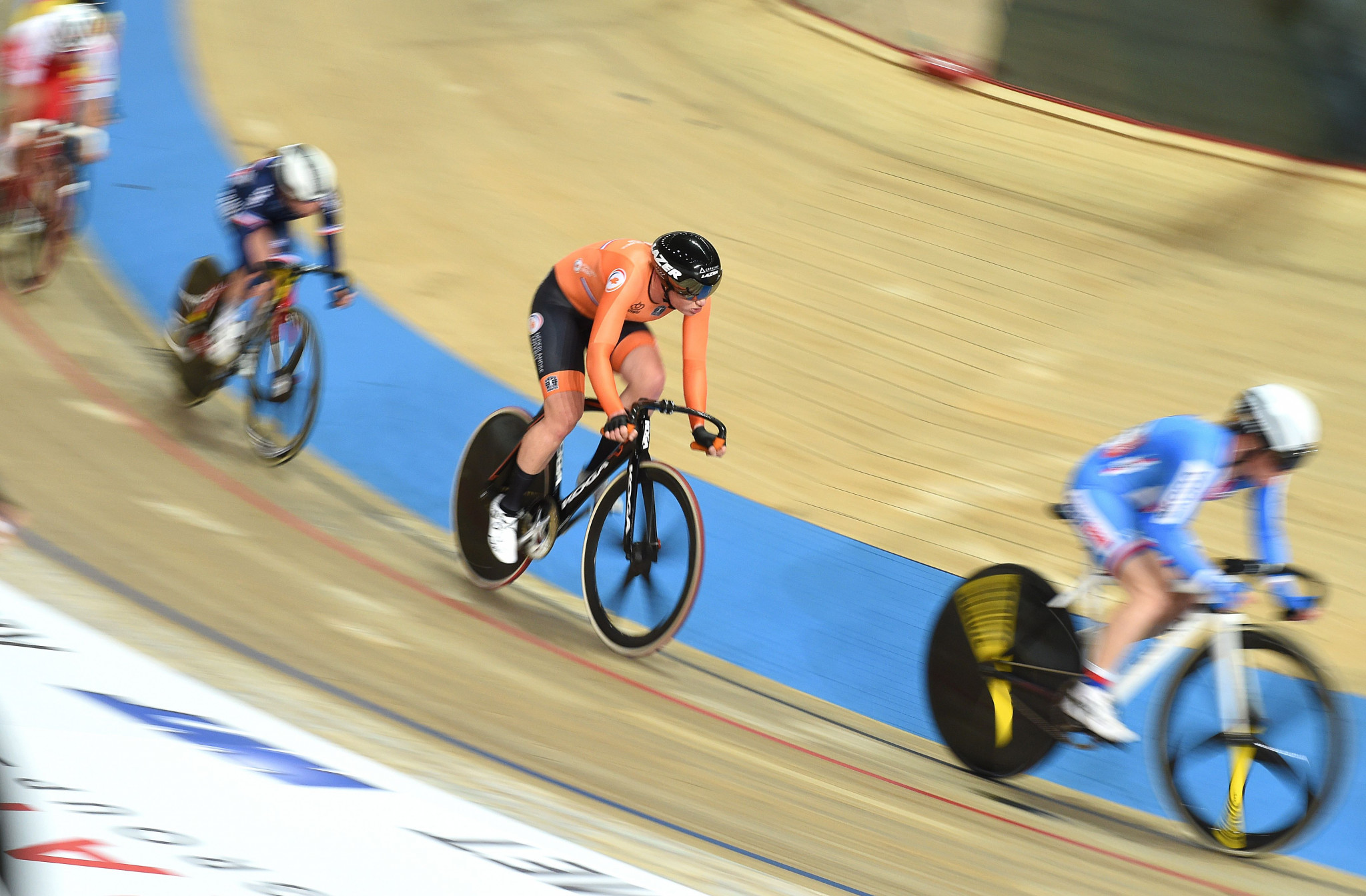 Dutch legend Wild wins women's elimination race at European Track Cycling Championships