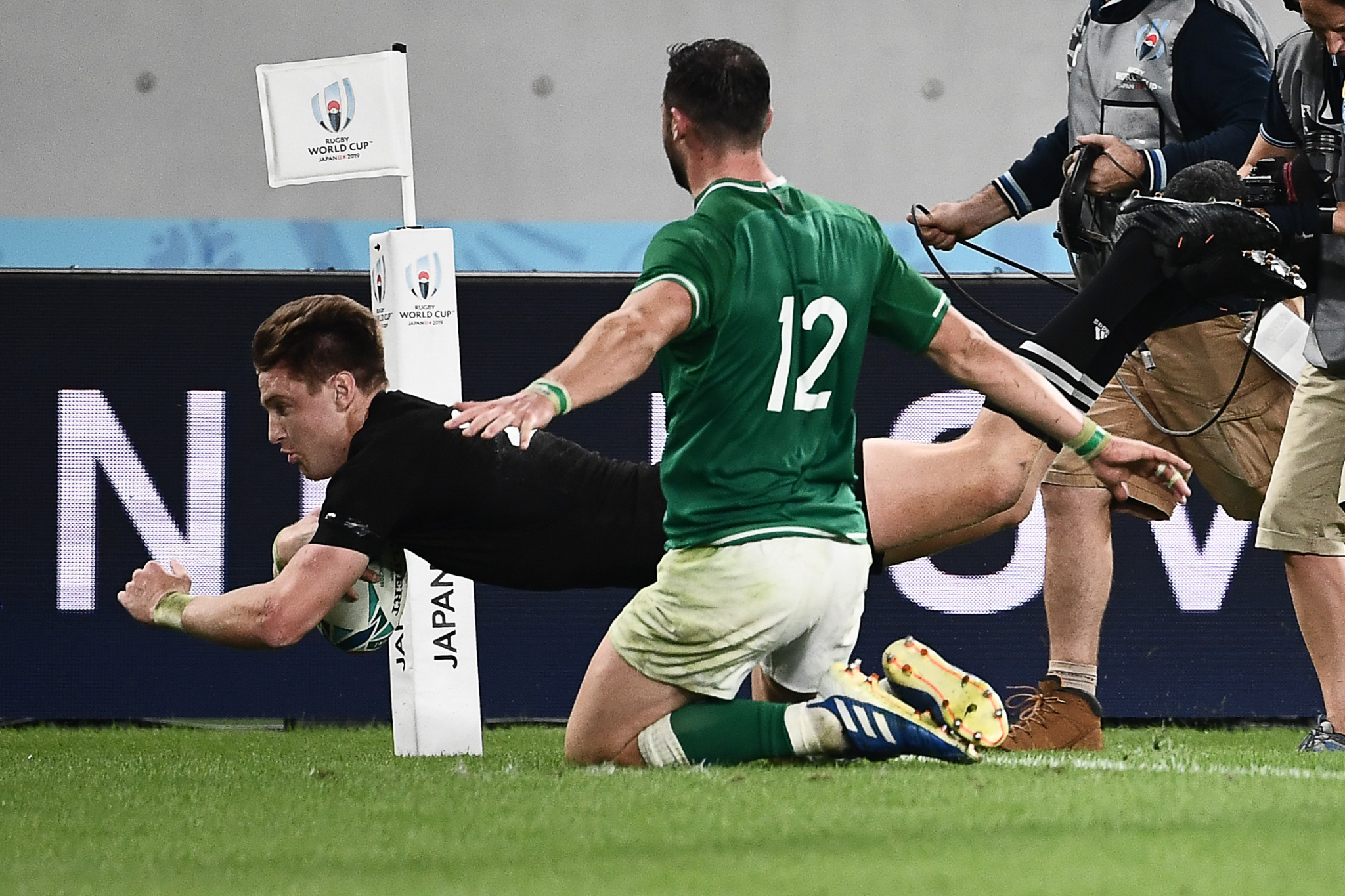 Jordie Barrett completed Ireland's humiliation ©Getty Images