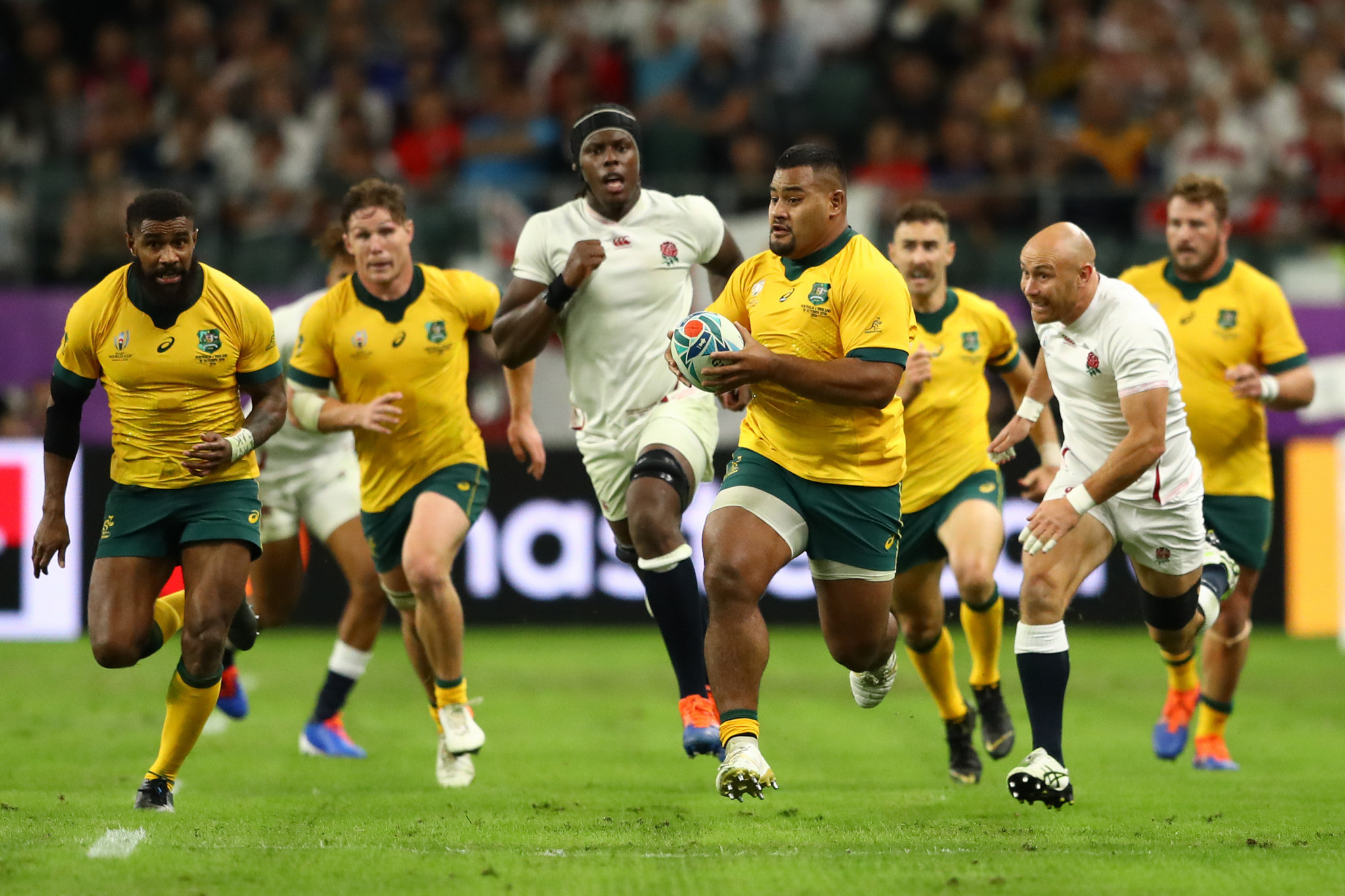 Australia's plan to consistently run the ball backfired ©Getty Images
