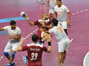 Hosts Qatar and Saudi Arabia qualify for semi-finals at Asian men's handball Tokyo 2020 qualifier