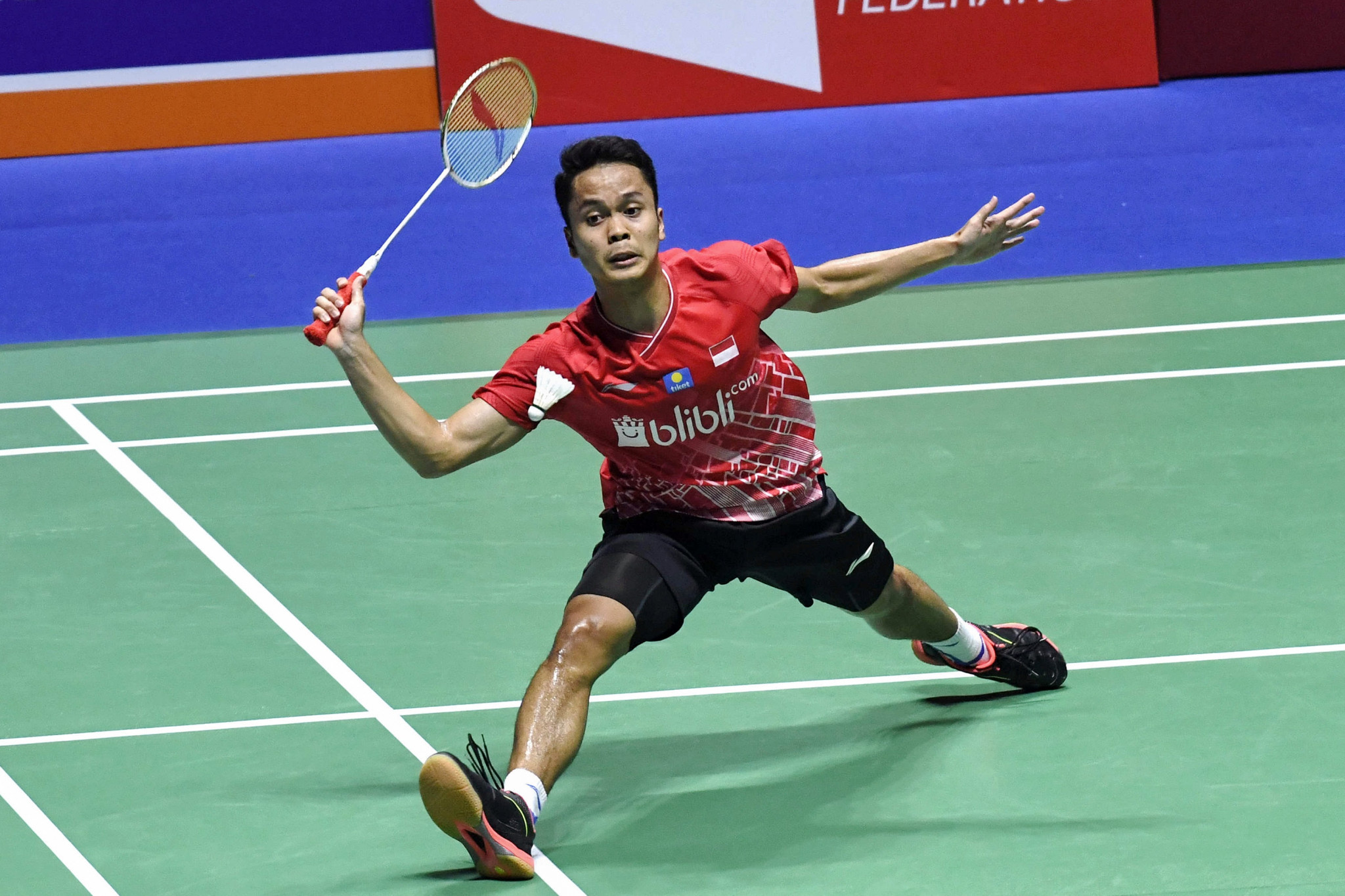 Ginting cruises into second round of BWF French Open in Paris