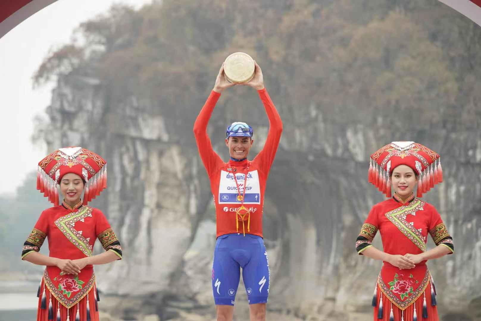 Mas bids farewell to Deceuninck-Quick-Step with Tour of Guangxi triumph
