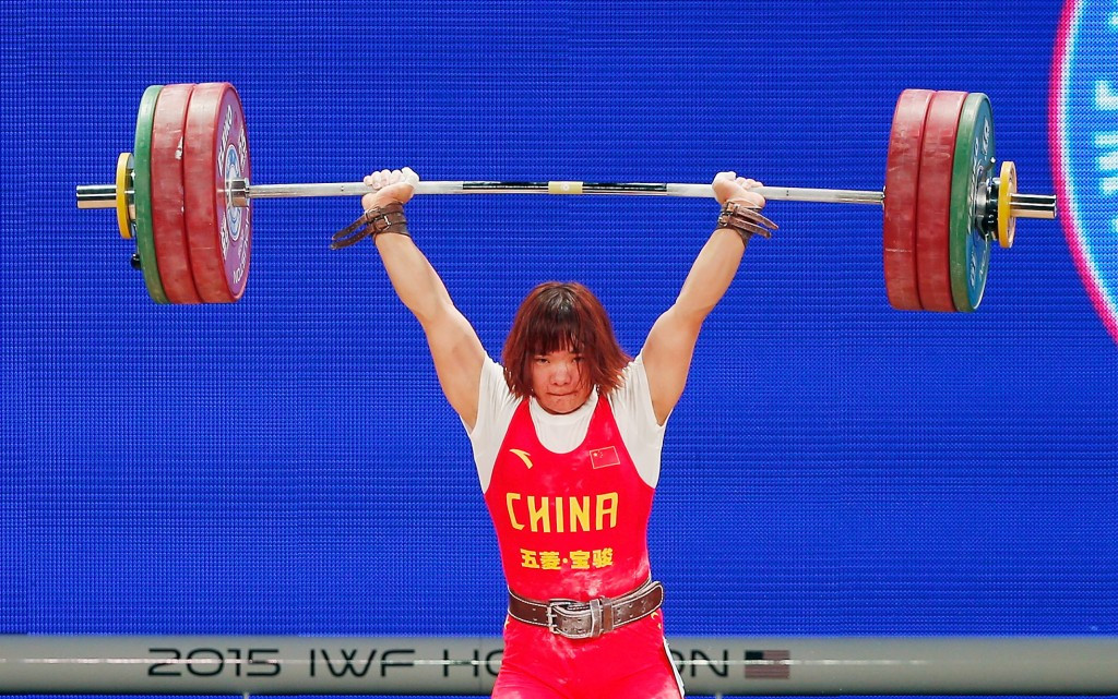 China's Xiang eases to hat-trick of gold medals at 2015 World Weightlifting Championships