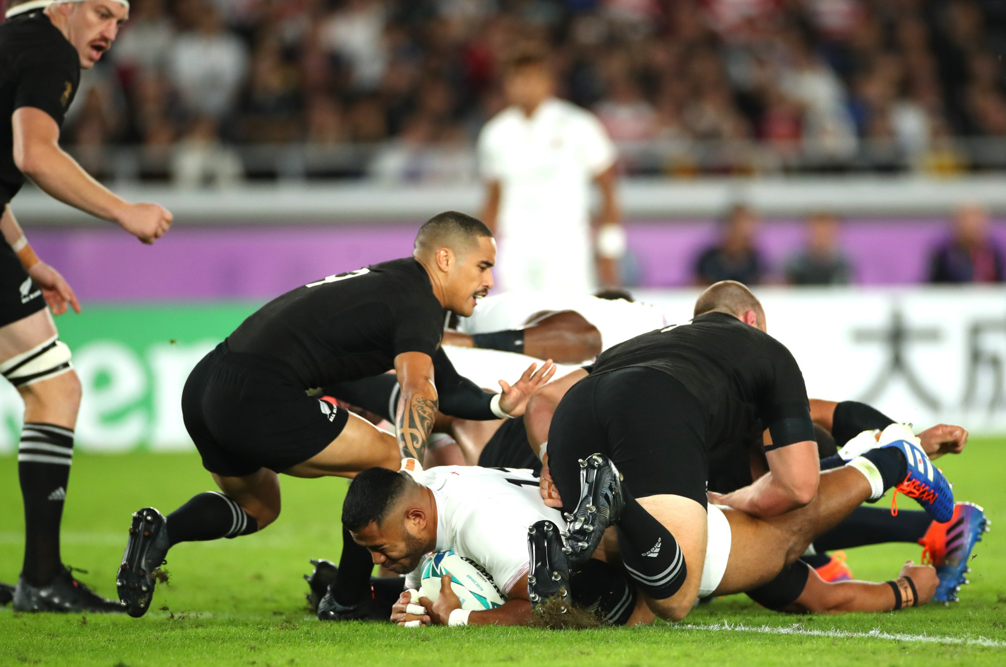 England overthrow New Zealand to make Rugby World Cup final