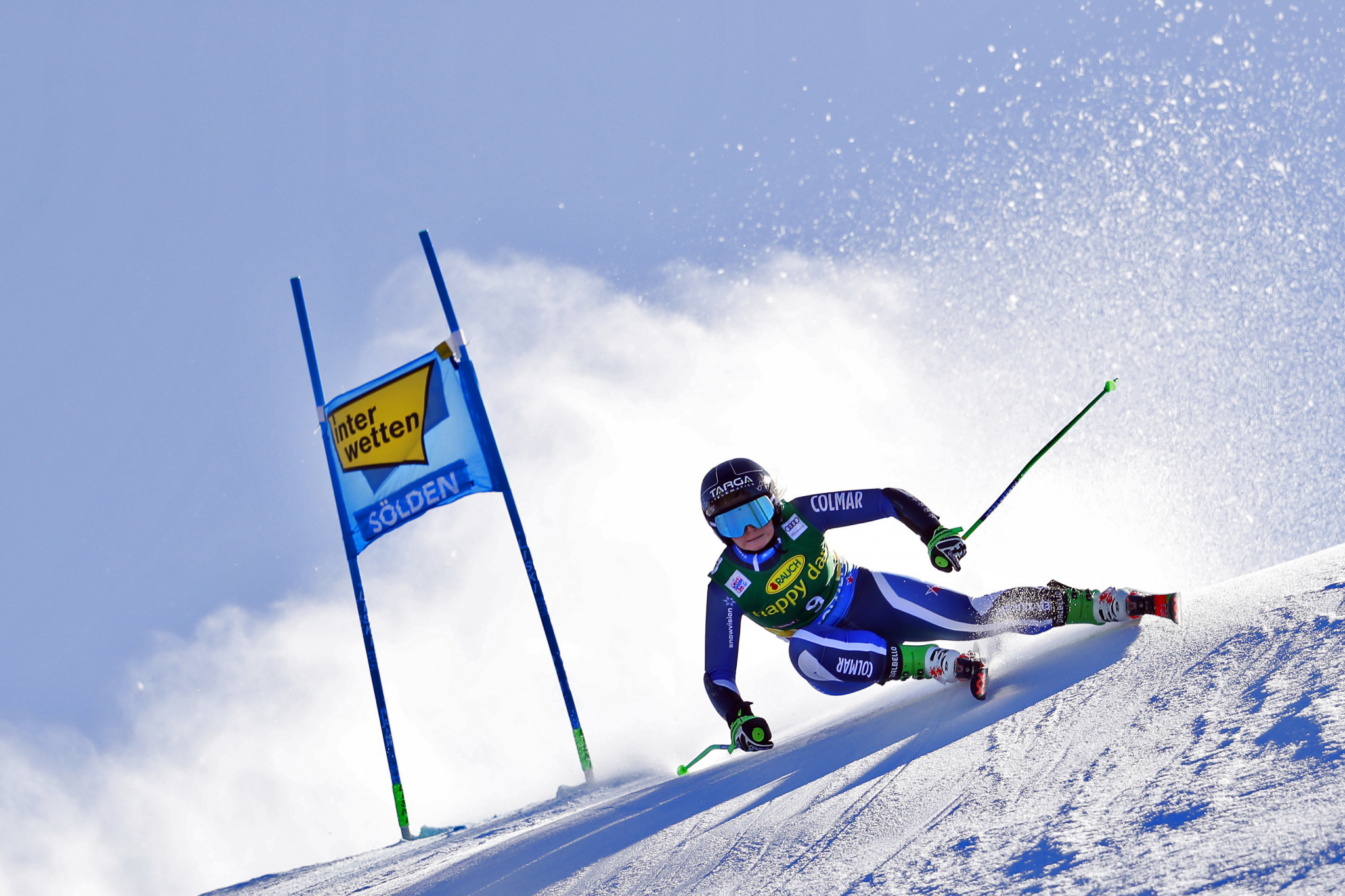 The 17-year-old New Zealander edged out formidable American Mikaela Shiffrin ©Getty Images