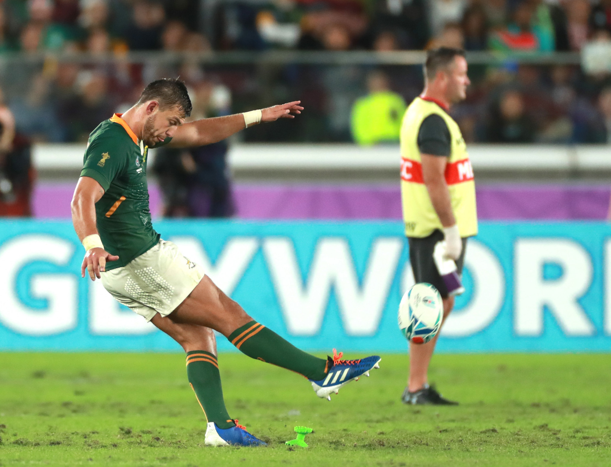 South Africa edge out Wales to reach Rugby World Cup final