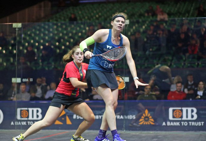 Sarah-Jane Perry of England defeated Tesni Evans of Wales ©PSA