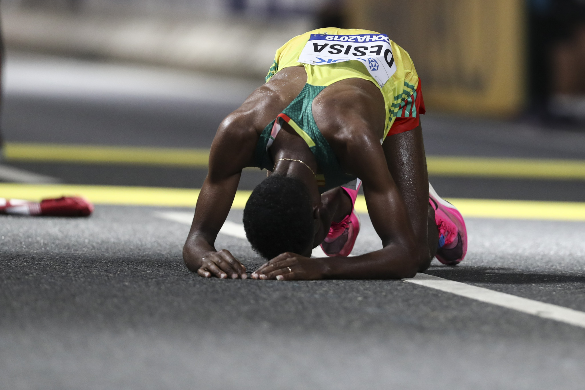 The IOC revealed the decision to move the marathon and race walk events to Sapporo was taken following the distressing scenes at the IAAF World Championships in Doha ©Getty Images