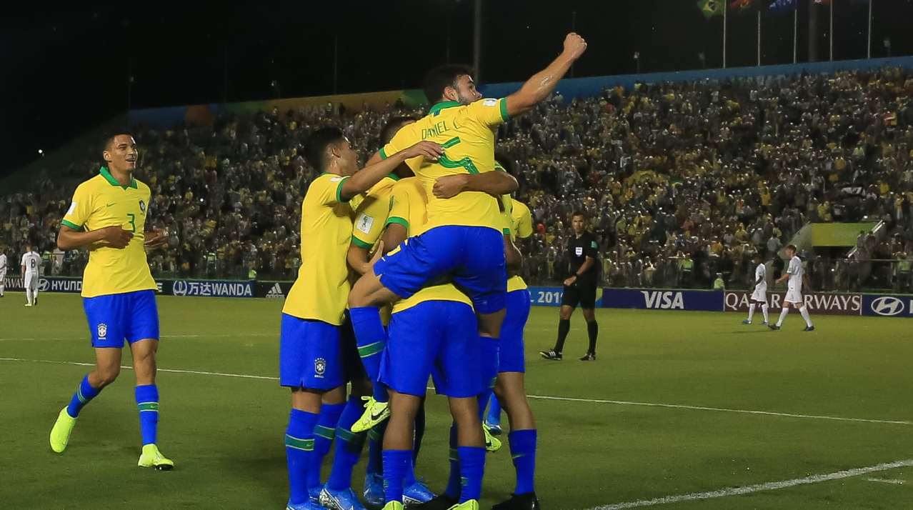 Brazil make knockout stages at men's FIFA Under-17 World Cup