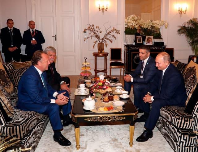 Vladimir Putin praised the progress the IJF has made under the leadership of Marius VIzer ©IJF