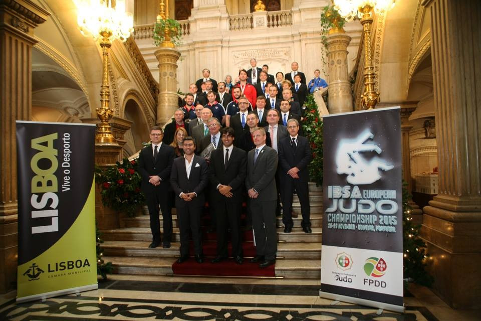 Delegations attend a reception held by Lisbon Town Council ©IBSA/Facebook
