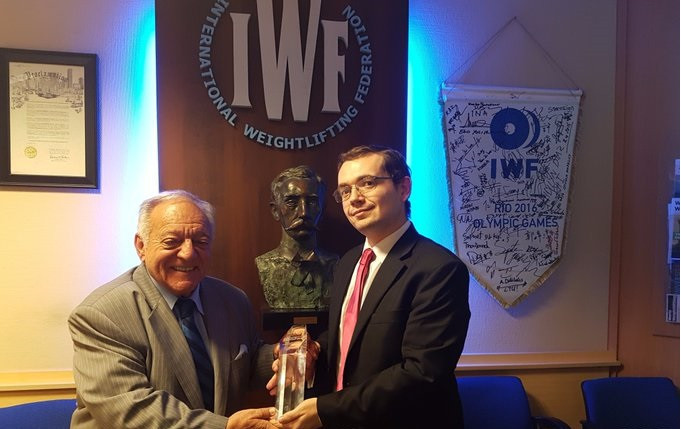USA Weightlifting chief executive Phil Andrews, pictured here with International Weightlifting Federation President Tamás Aján, has overseen a resurgence of the sport in the United States and abroad ©USA Weightlifting/Twitter