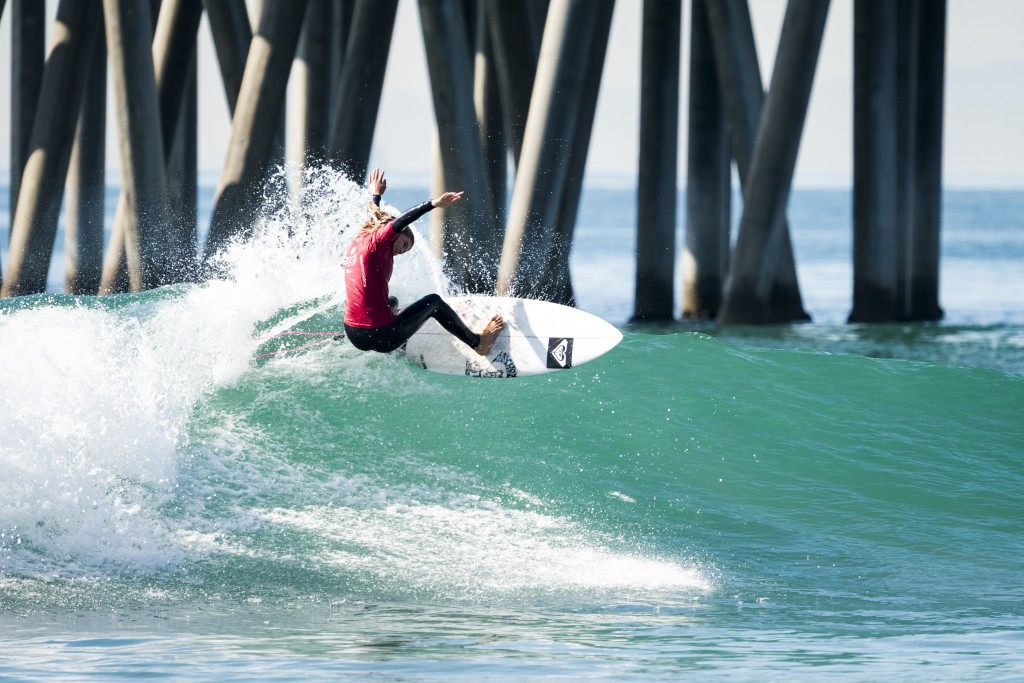 United States move into lead at World Junior Surfing Championship