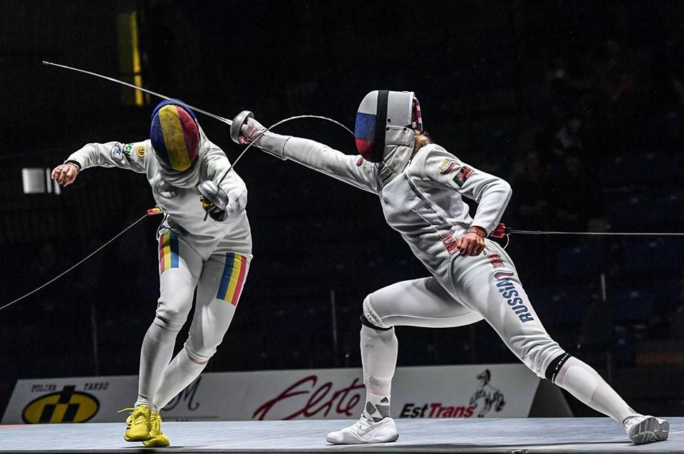 Ana Maria Popescu beat Russia's Violetta Kolobova in the final ©FIE/Facebook/Augusto Bizzi