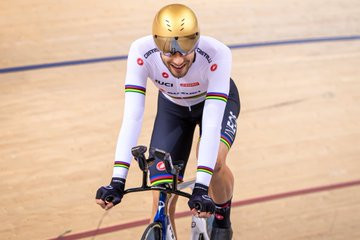 Ganna breaks world record to win individual pursuit at Track Cycling World Cup