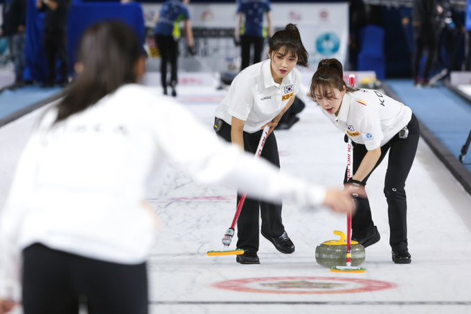 Three-way tie for lead in women's event at Pacific-Asia Curling Championships
