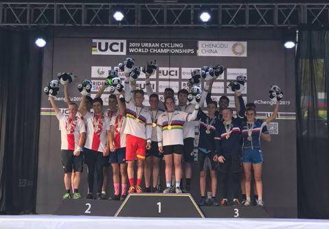 Spain successfully defended their team trials title in Chengdu ©UCI