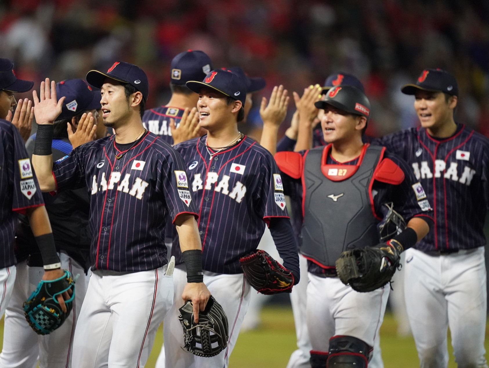 Japan see off Chinese Taipei to reach WBSC Premier12 super round with perfect record