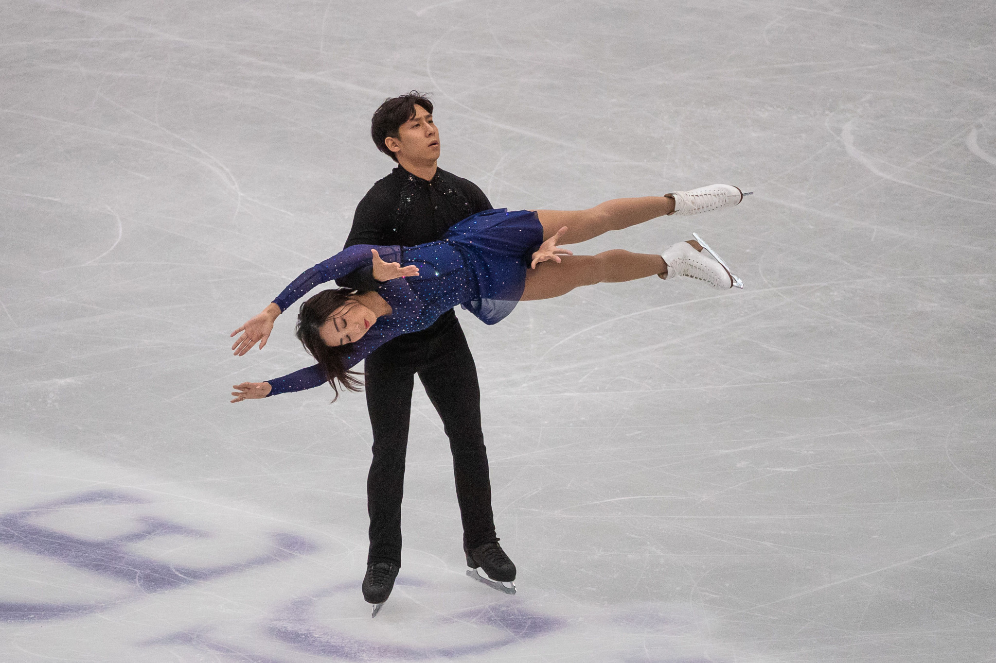 Home pair take lead after short programme at Shiseido Cup of China