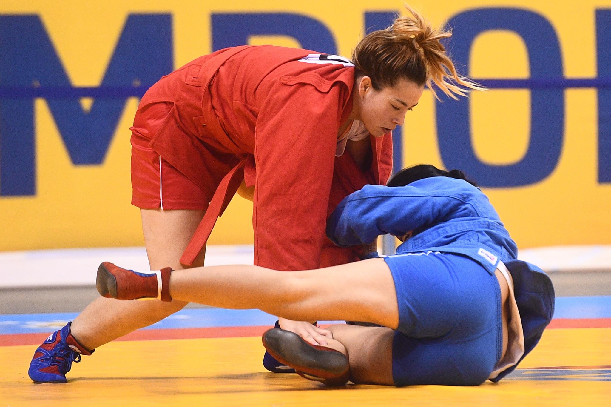 Paula Martinez, in red, won Spain's second bronze of the World Sambo Championships ©FIAS