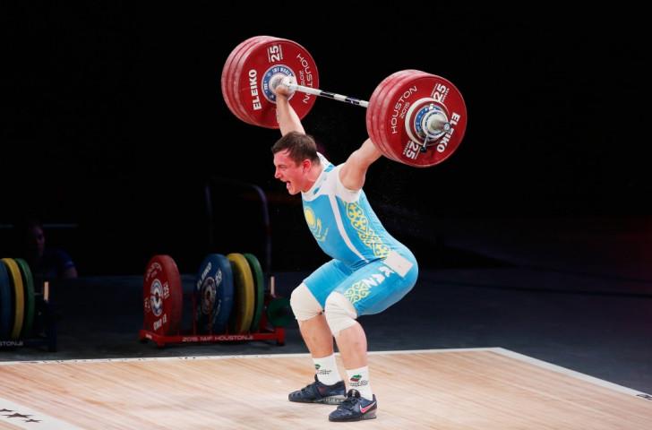 Kazakhstan's Alexandr Zaichikov won the men's 105kg overall crown
