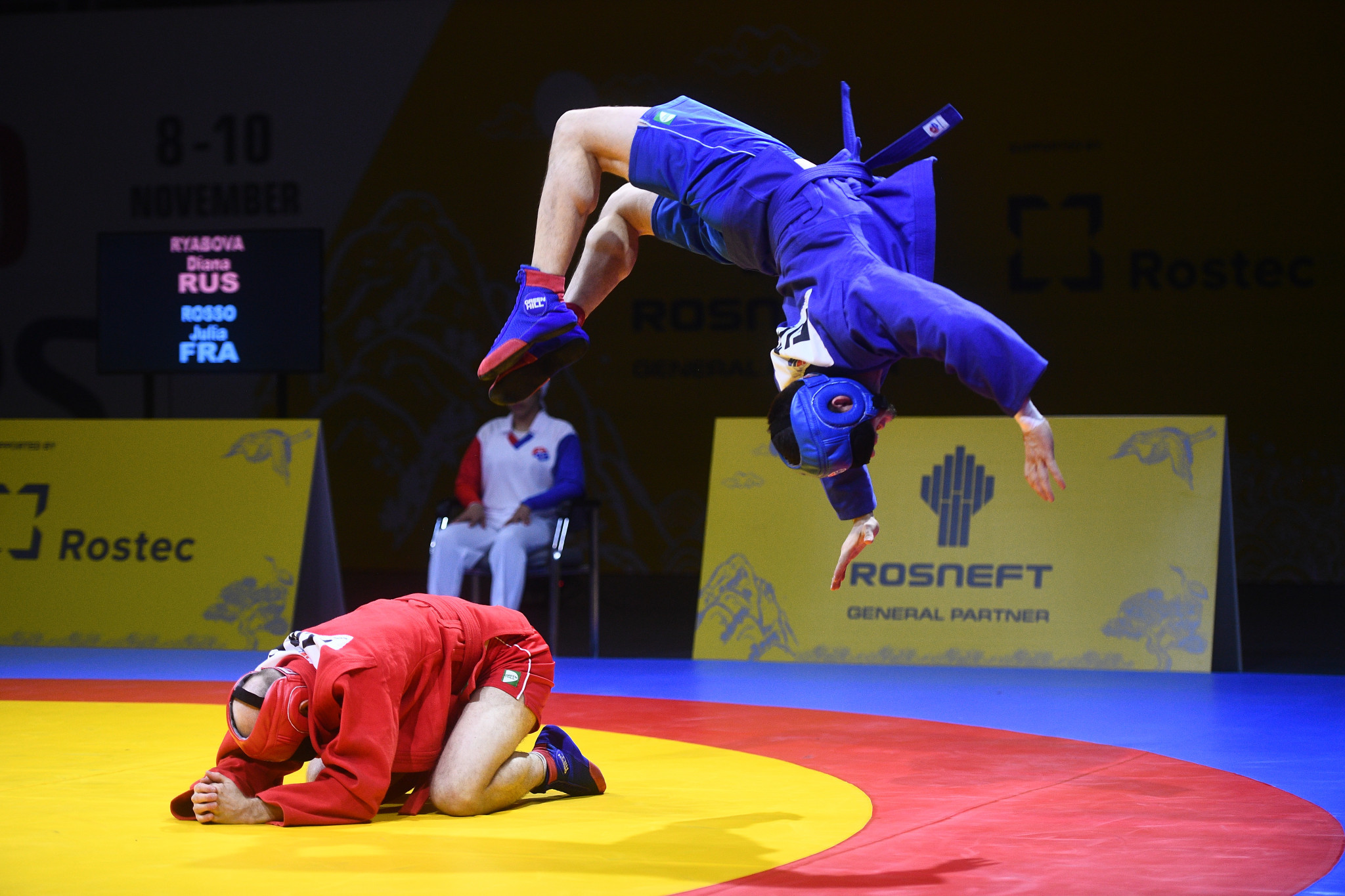 An appreciative crowd were treated to a dramatic blind sambo demonstration at the World Sambo Championships ©FIAS