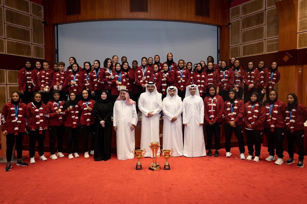 Qatar Olympic Committee President honours Women's Games athletes