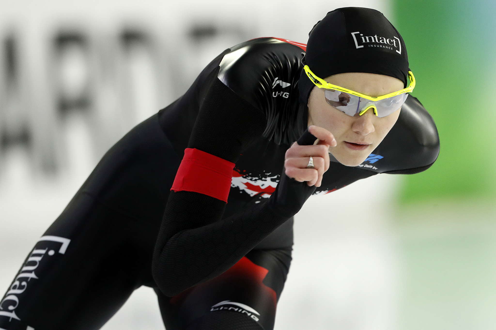 Isabelle Weidemann of Canada was only non-Dutch athlete to top the podium on the first day of competition in Minsk ©Getty Images