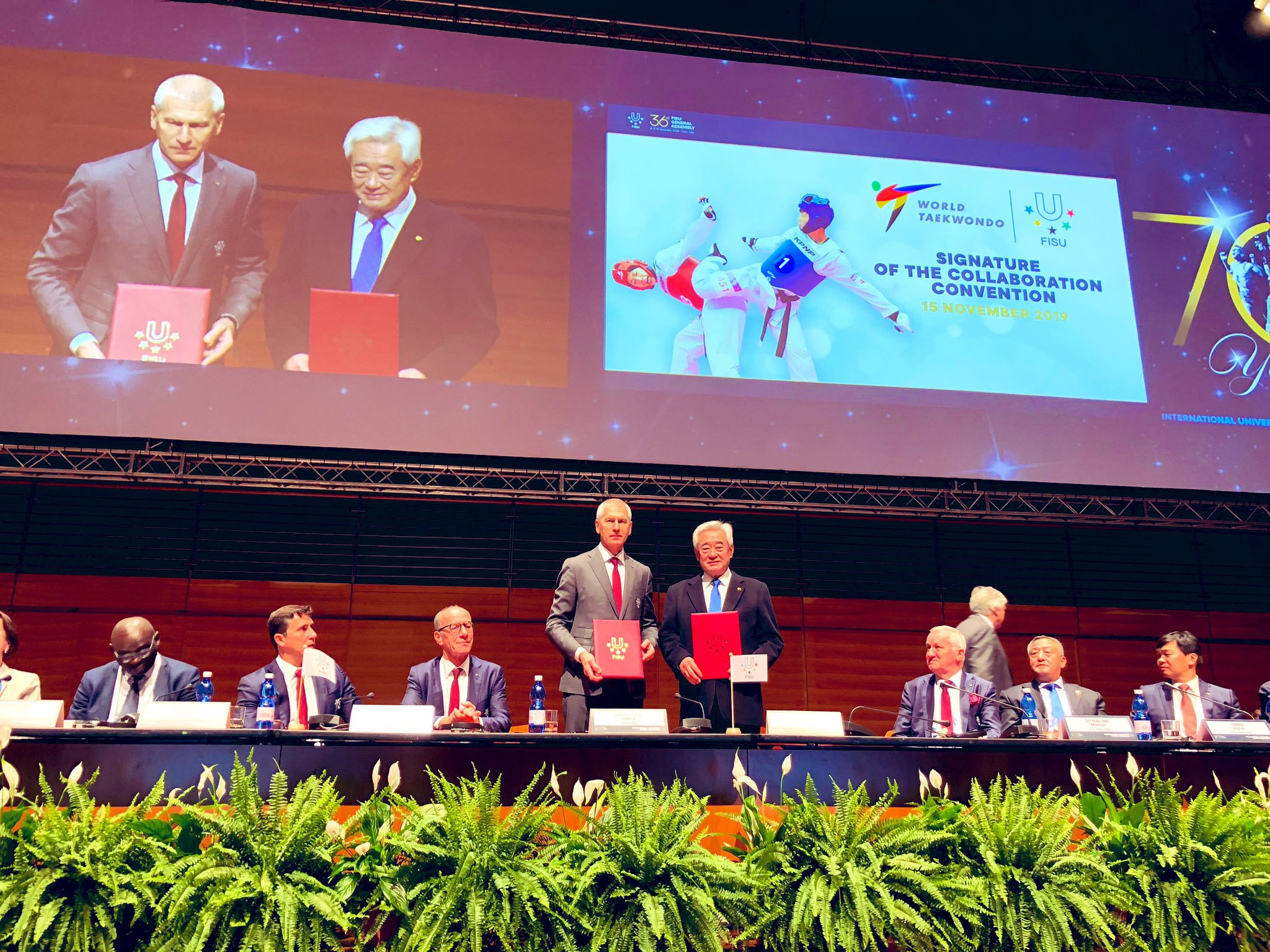 FISU and World Taekwondo are work closely together on a number of projects after Oleg Matytsin and Choue Chung-won signed an agreement ©World Taekwondo
