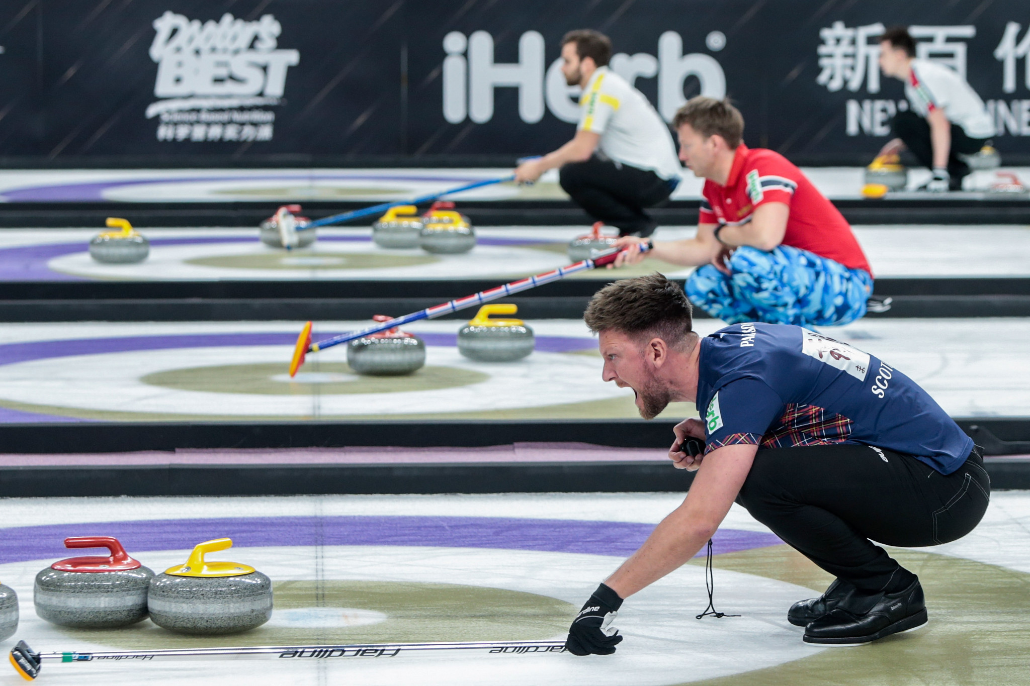 Ross Paterson, in navy, is the Scottish skip as his side look to defend their 2018 European Curling Championship title in Helsingborg ©Getty Images