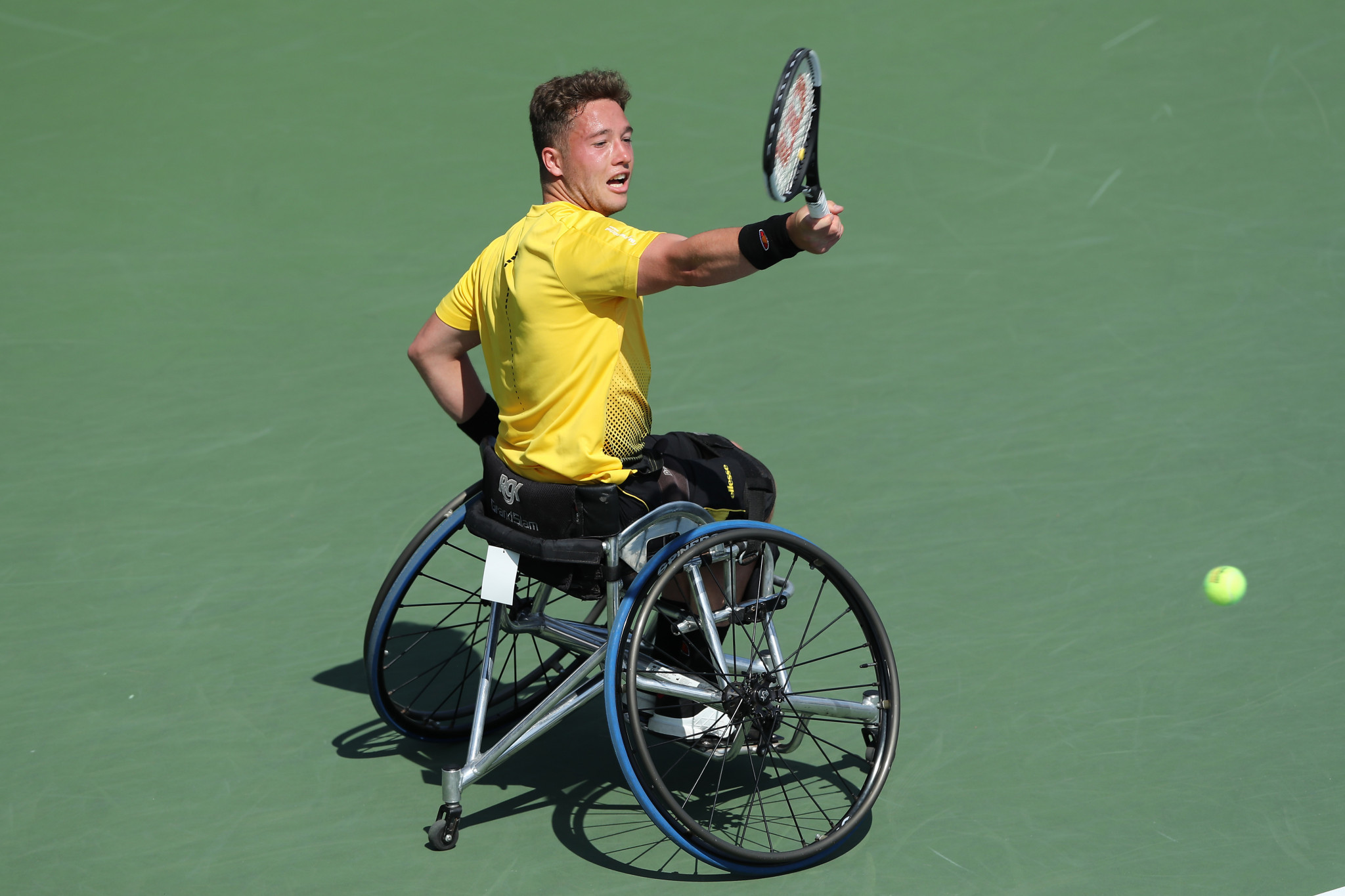 Hewett and Whiley claim impressive wins on day one of NEC Wheelchair Singles Masters