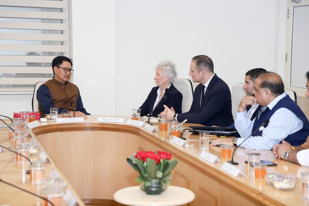 India's Sports Minister Kiren Rijiju emphasised to CGF President Dame Louise Martin how important shooting was to the country and expressed their disappointment it was not on the programme at Birmingham 2022 ©CGF