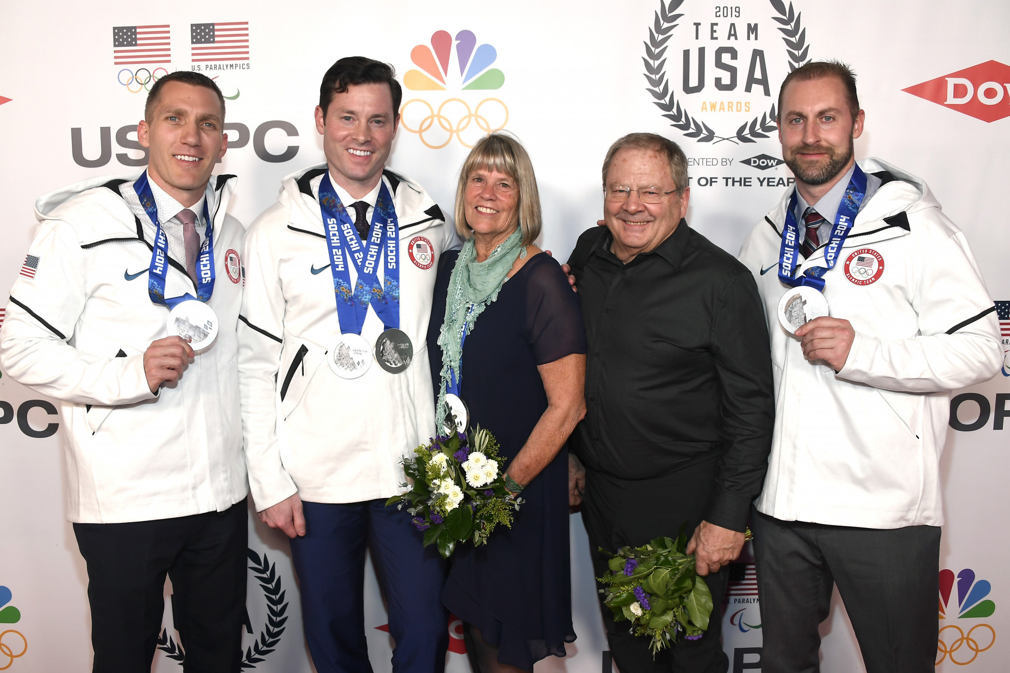 Family of late Steven Holcomb receive Olympic bobsleigh silver medals at Team USA awards
