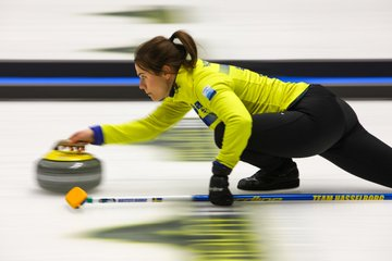 Women's semi-finalists decided at European Curling Championships
