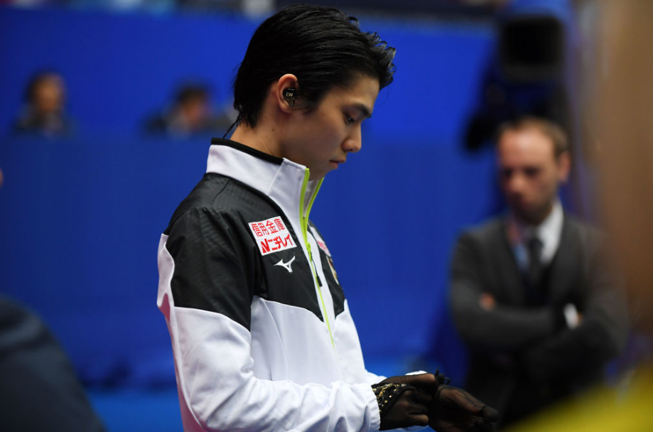 Hanyu the headliner as figure skaters take to Sapporo