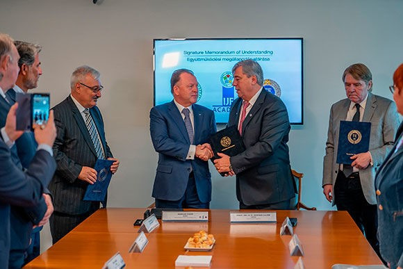 International Judo Federation sign MoU with Budapest University