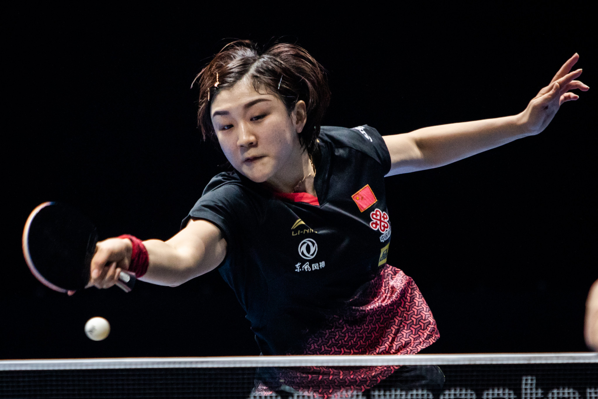 Chen and Fan earn singles crowns at ITTF Qatar Open