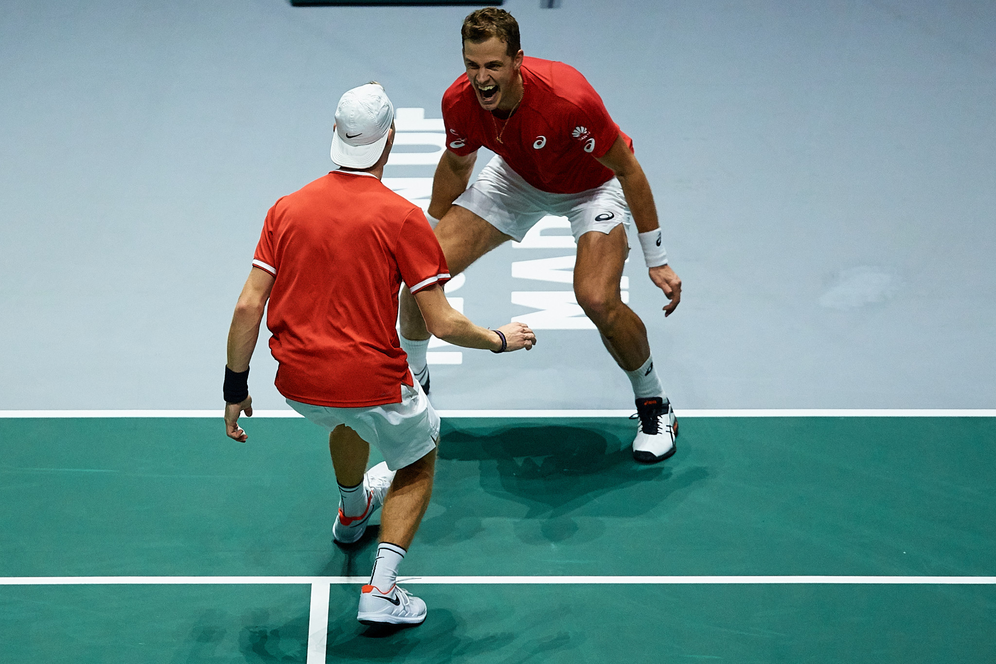 Canada reach first Davis Cup Final after beating Russia