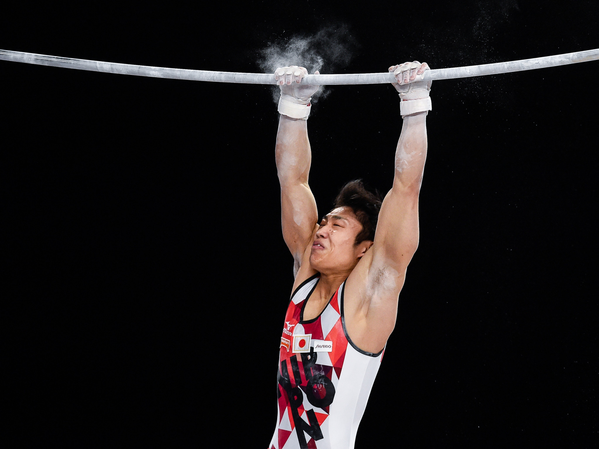 Japan's Hidetaka Miyachi triumphed in the men's horizontal bar event ©Getty Images