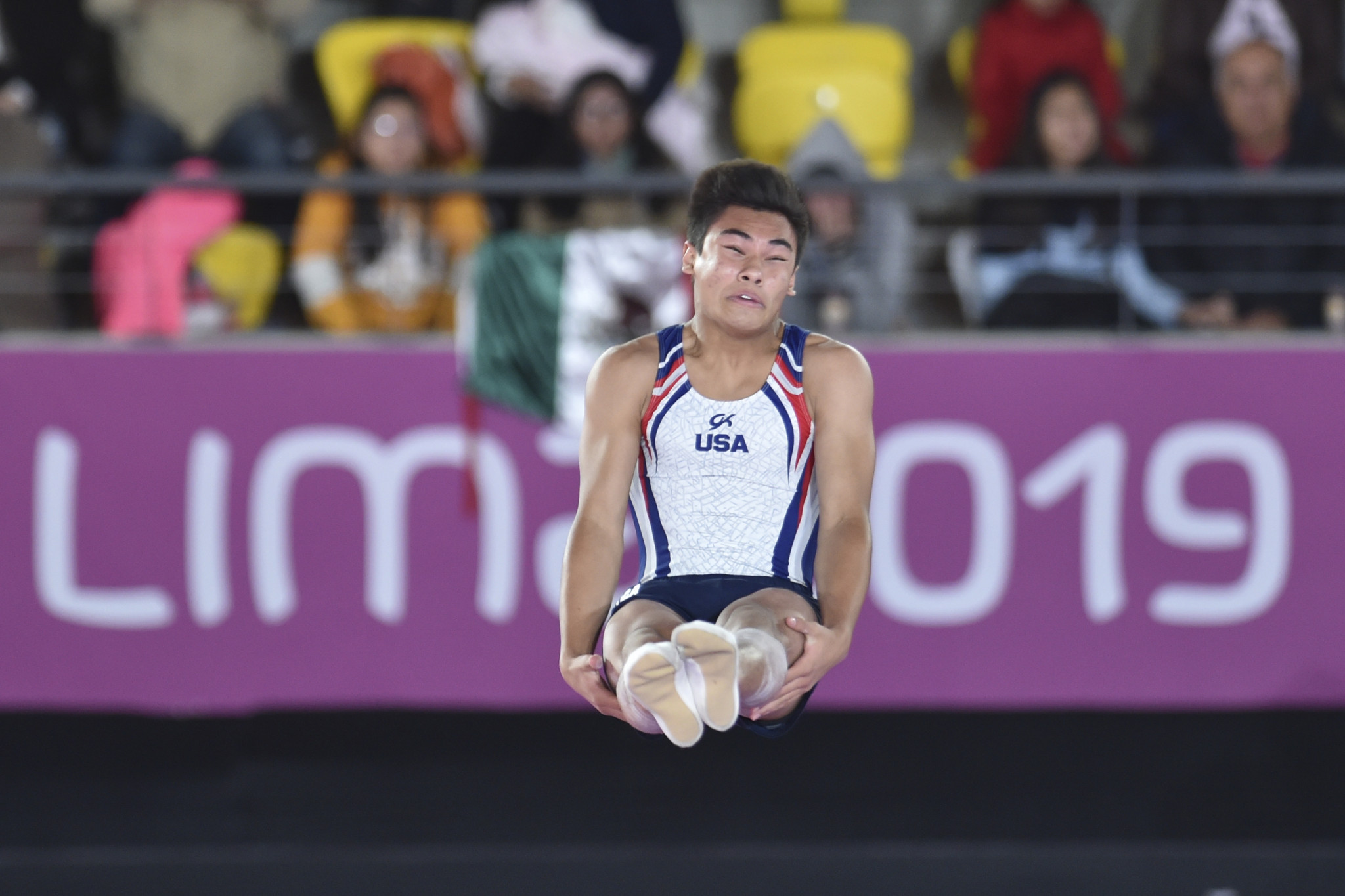 Padilla ties with hero Zalomin on day one of FIG Trampoline World Championships